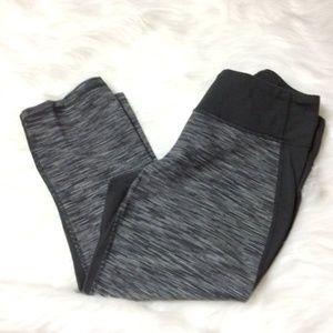 LUCY Powermax workout/yoga crop/capri Size L